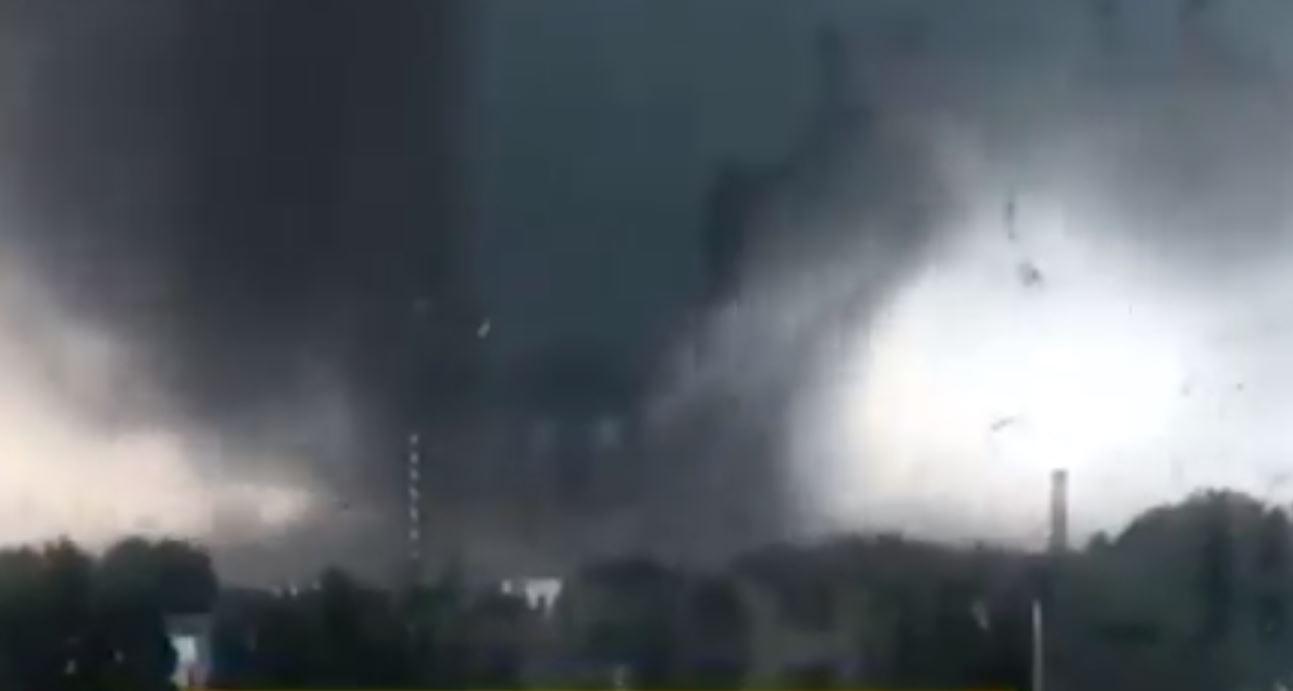 Un tornado en China dejó seis muertos y casi 200 heridos